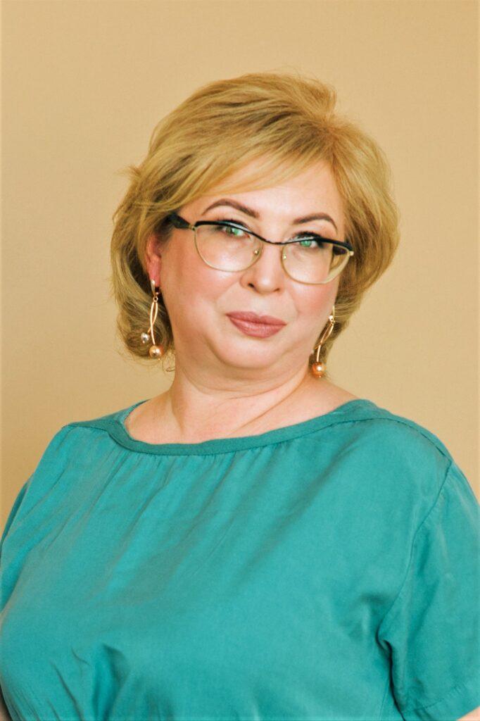 Новикова Лариса Миколаївна